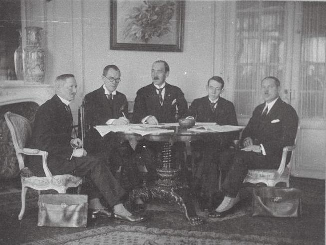 Eesti - Prantsuse kaubanduslepingu allakirjutamine. Foto: Eesti Rahvusarhiiv
