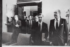 Prantsuse suursaadik Huntzinger A.Rüütli juures. Foto: Rahvusarhiiv